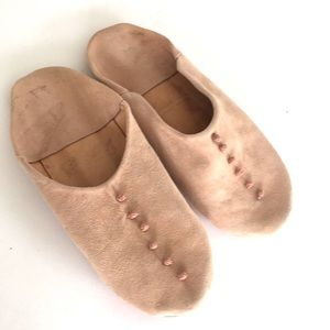 Moroccan slip-on suede flats boho sz 8 approx